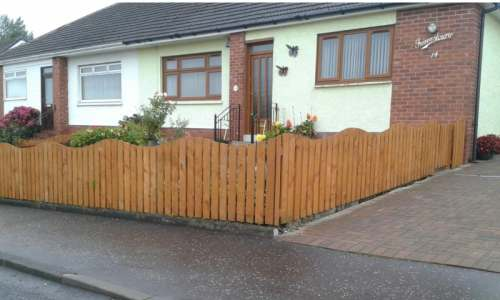 curved picket fencing Prestwick Ayrshire